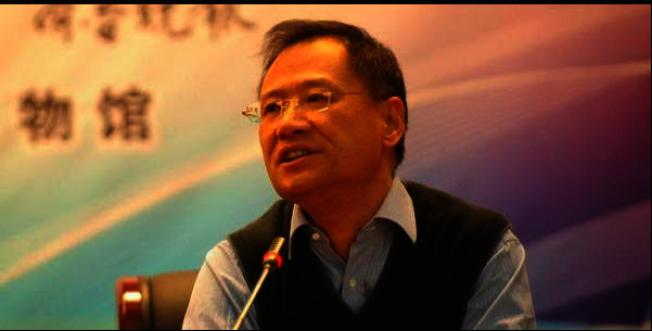 曾發萬言書批習,許章潤遭北京清華撤職。(取材自新世紀網)