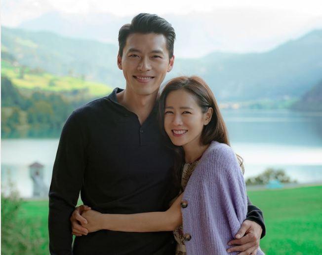 韓劇女神孫藝真與玄彬(左)搭檔演出「愛的迫降」。(Netflix提供)