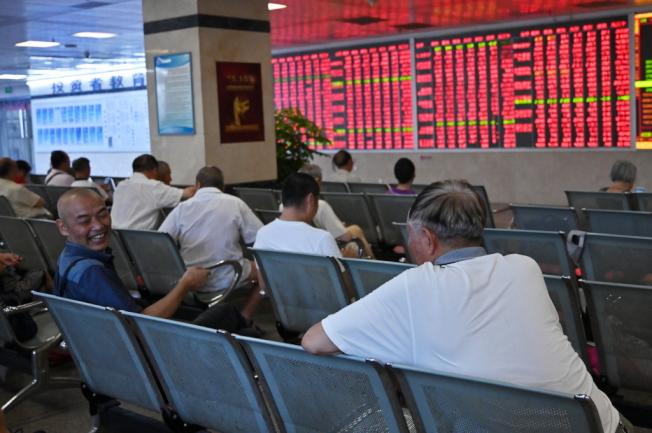 中國股市近來出現「發燒」景象。(中新社)