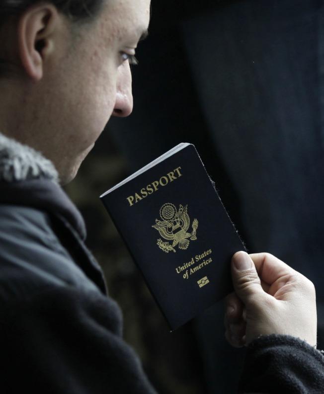 過去行遍天下的美國護照不再那麼有價值。路透