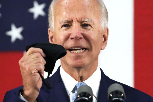 民主黨準總統候選人白登表示,若他入主白宮,將把呼吸器、防護衣和口罩等抗疫物資的生產移回美國,既能促進國內就業,也可減少對外國的依賴。(Getty Images)