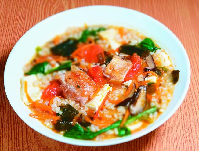 炸雞蔬菜味噌粥。