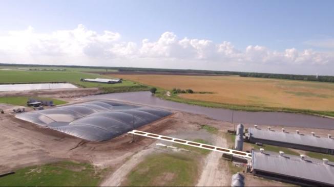 史密斯菲爾德食品公司、杜克能源公司和生物能源開發商—優化生物合作,在北卡塔爾希爾(Tar Heel)豬肉加工廠啓用新型可再生天然氣(RNG)系統。(取自史密斯菲爾德公司網站)