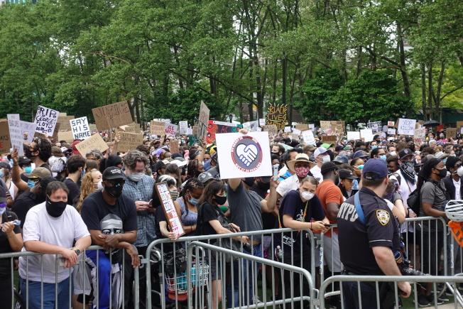 6月紐約市抗議示威活動共有2087起逮捕。(記者金春香 / 攝影)