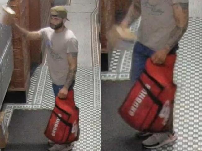 男子以送外賣為掩護,到華埠住宅樓內盜竊包裹。(市警提供)