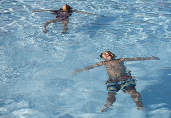 東布朗士維克擬提供居民免費游泳課程,保障生命。(美聯社)