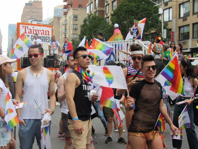 紐約市將不允許10月前舉行大型活動;圖為往年舉辦的同志驕傲大遊行。(本報檔案照)