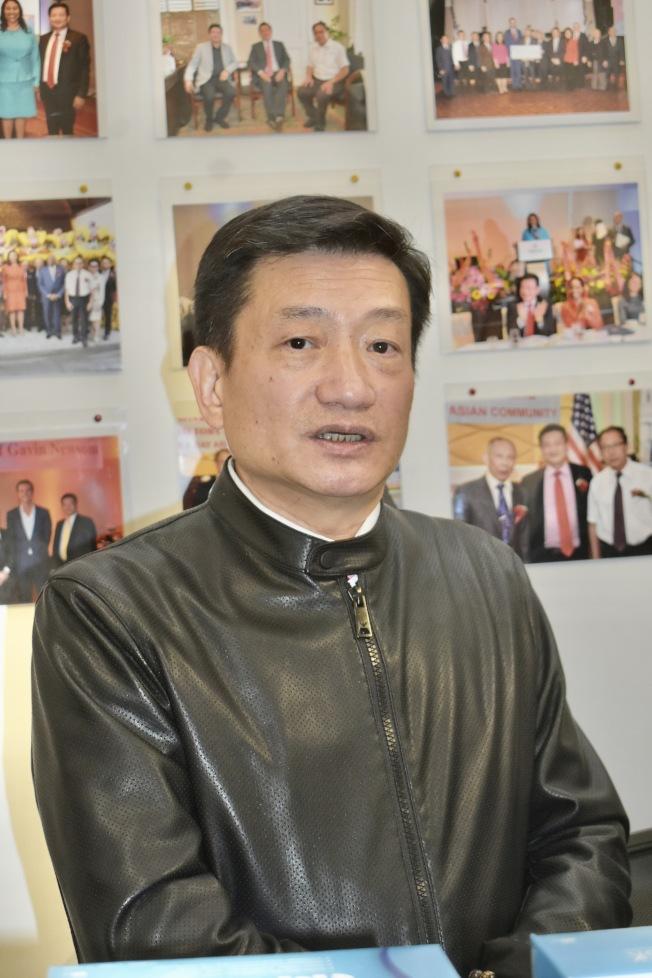 林志斯認為宣誓入籍美國的華人應該記得和遵守。(記者黃少華/攝影)