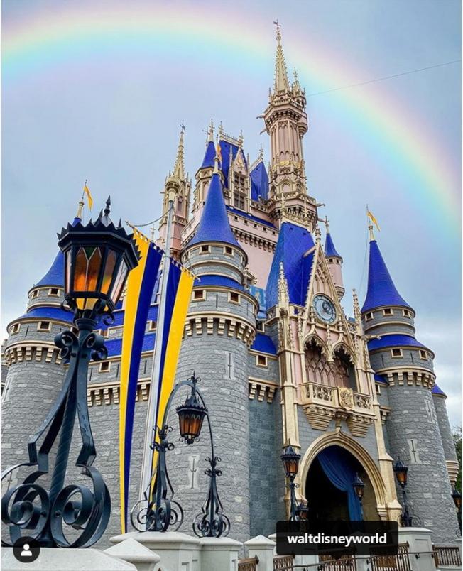 迪士尼魔術王國的灰姑娘城堡。(取自instagram)