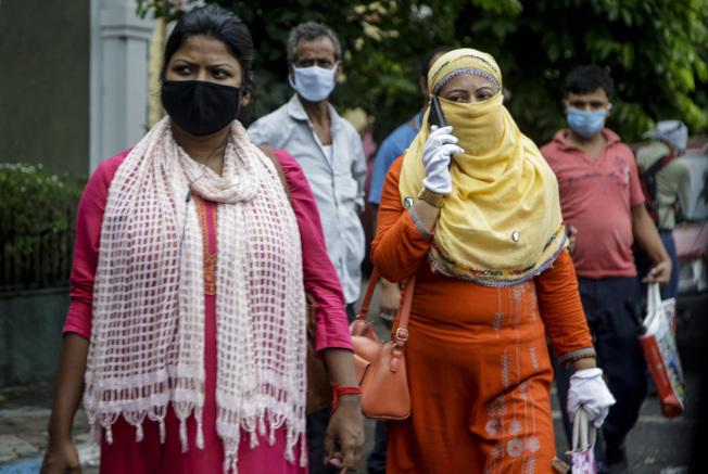 印度新冠肺炎確診案例突破80萬例。(美聯社)