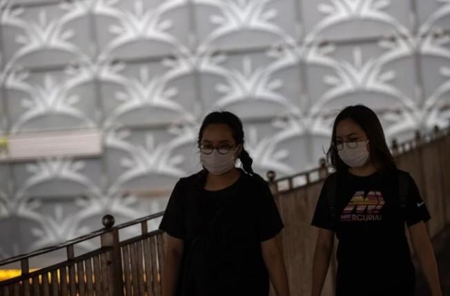 香港今(12日)又新增38例新冠肺炎確診病例,其中30例屬本土病例;另有20例為初步確診病例。 歐新社