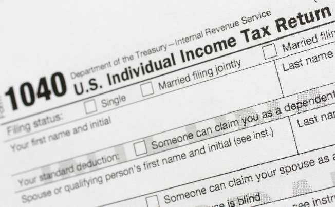 調查顯示,許多旅居海外的美國公民認為,不應該繳稅給美國政府。(美聯社)