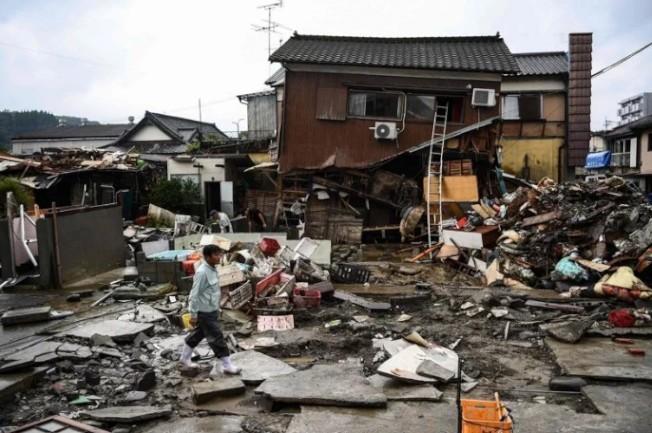 日本九州南部熊本縣豪雨成災,目前已之72人罹難。圖╱GettyImages