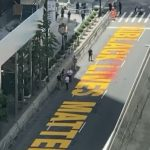 4天就被毀…川普大樓前「黑人命也是命」遭潑紅漆