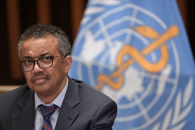 世衛(WHO)秘書長譚德塞(Tedros Adhanom Ghebreyesus,圖)在瑞士日內瓦的線上簡報中指出:「直截了當地說,太多國家走上了錯誤方向,病毒依然是頭號公敵。」Getty Images