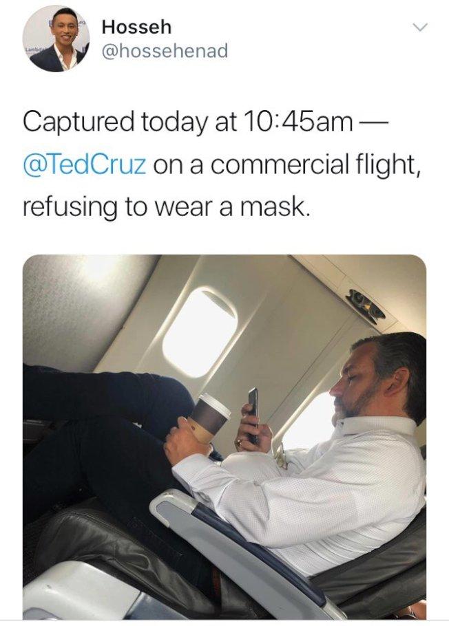 共和黨籍德州聯邦參議員克魯茲被拍到在飛機上沒搭口罩。(取材自推特)