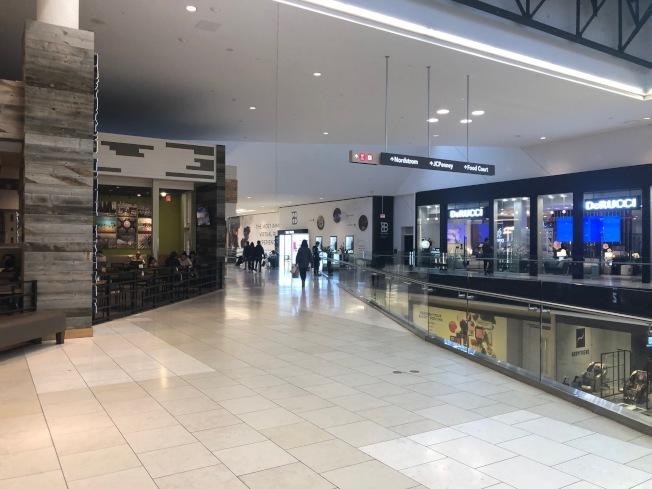 商場室內活動部分也將關閉。(本報檔案照)