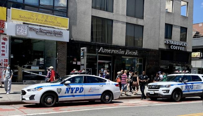 警方在現場調查。(讀者提供)