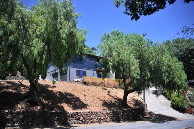 不少退休族想享受山區、田園、農場生活,而選擇東聖荷西山上的房屋。(記者江碩涵/攝影)