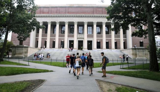 對美國的大專院校來說,中國一直是主要的學生來源,他們的學費也是重要收入來源。(美聯社)