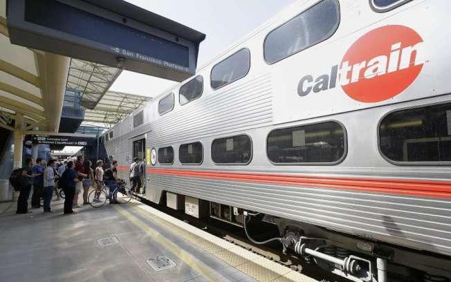 舊金山議員不挺徵稅法案,加州火車恐停業。(美聯社)