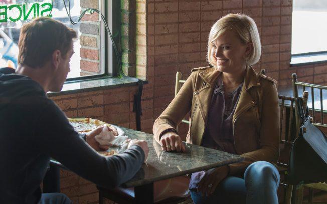 影集中出現多次的披薩店,劇組假中村的「羅莎披薩店」拍攝。(取材自IMDb)