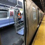 疫情緩和 民代促地鐵恢復24小時運行