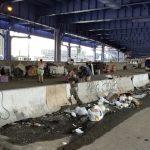 市警5分局轄區遊民問題惡化 高架橋下建營地生火做飯