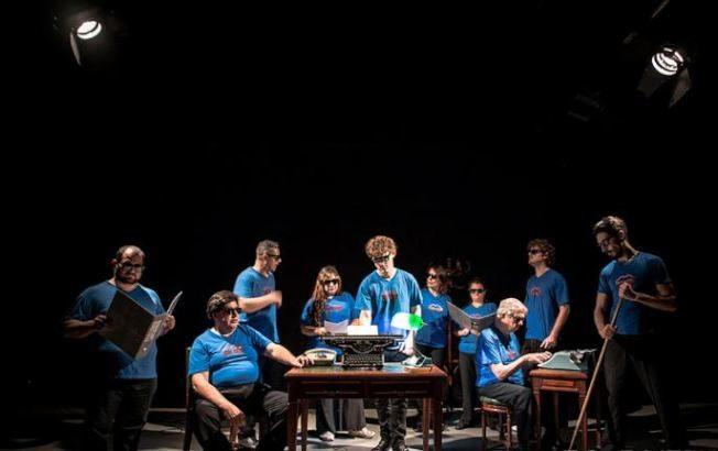 黑暗中演出19年 阿根廷盲人劇團激發觀眾想像力