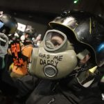 周末全美多地暴力抗議 警民衝突 145人被捕21警傷