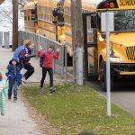 費城學區返校上課 擬推遲至11月