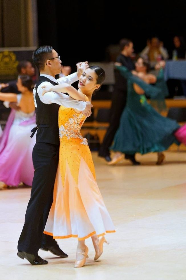 倪春美酷愛跳舞,5歲時便開始學習芭蕾,練舞是她生活中一大樂趣。(取材自南方都市報)