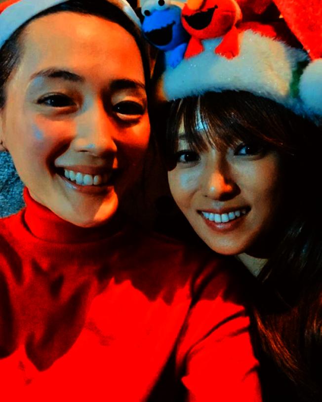綾瀨遙(左)與深田恭子皆被傳出即將結婚的喜訊。(取材自Instagram)