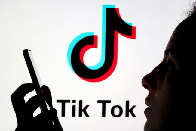 美國國家廣播公司新聞網表示,白宮正在運作讓美國公司接手Tik Tok;紐約時報報導,微軟是可能的買主。路透