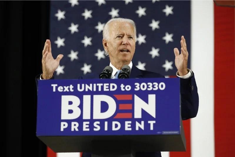 有望披民主黨戰袍角逐今年白宮大位的前副總統白登目前民調顯著領先。 美聯社
