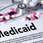 收入標準有變 醫療白卡申請10.1起更嚴格