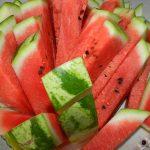 夏天吃西瓜消暑! 新鮮多汁要這樣挑