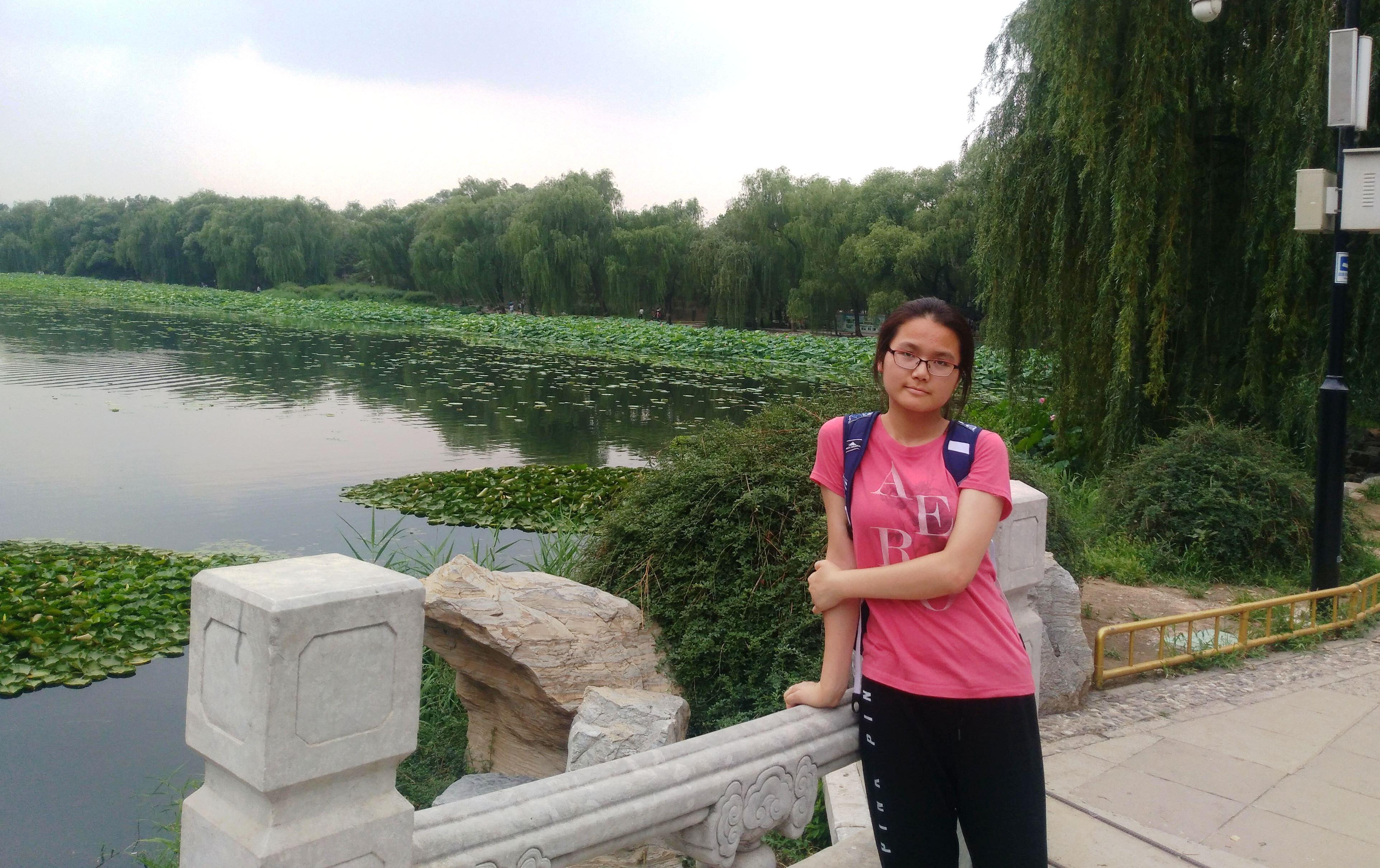 王薇表示,每回外出踏青、探索大自然,都能為自己創作帶來許多點子。(王薇/提供)