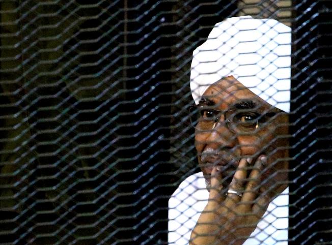 在蘇丹獨裁者巴席爾(圖)的武裝支持下,2003年起爆發「達佛危機」,對農耕黑人社區大規模屠村。(路透資料照片)