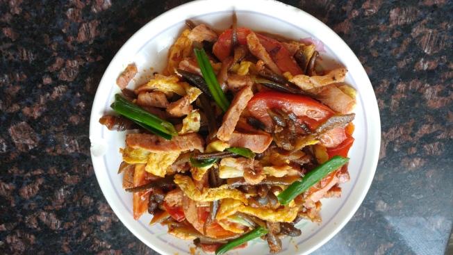 海茸炒火腿肉
