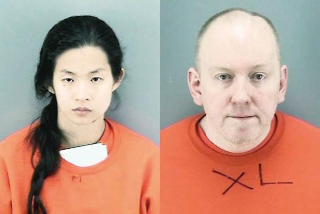 被控謀殺的甄家女兒和女婿Stephanie Ching和Douglas Lomas。(本報檔案照片)