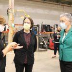 伊州11郡疫情達「危險等級」 州長警告可能縮緊開放措施