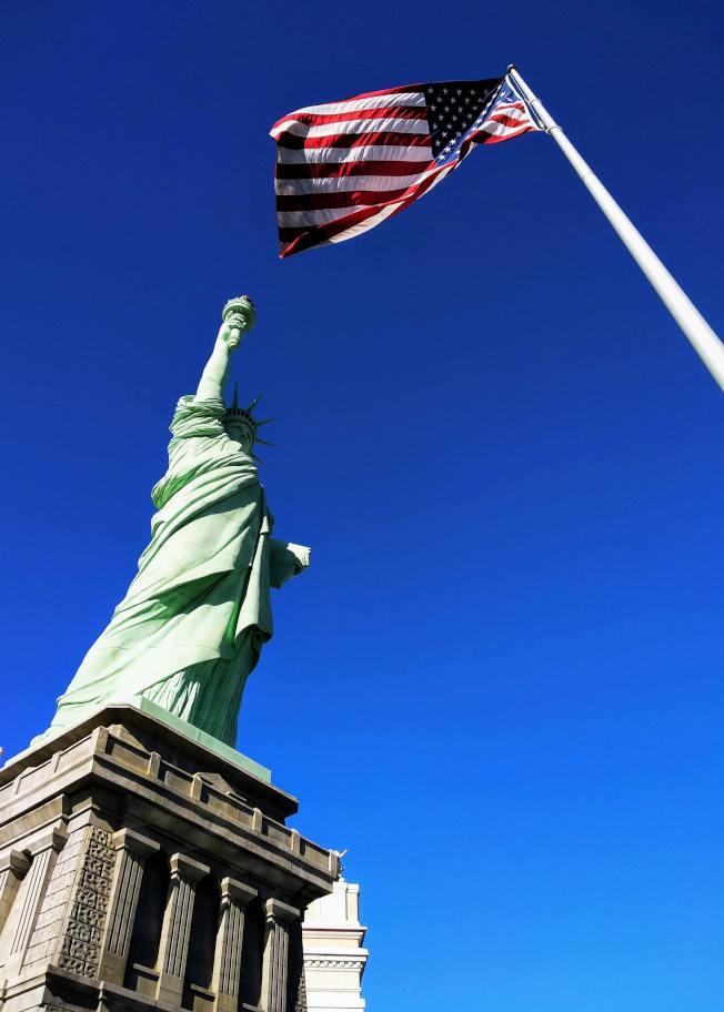 近幾個月來美國政治社會經濟都產生巨變,身為亞裔應該如何適應未來的美國社會? (Unsplash圖片)
