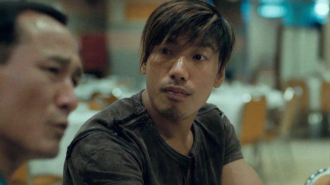 張耀揚在「古惑仔」系列電影中飾演反派「烏鴉」。(取材自豆瓣電影)