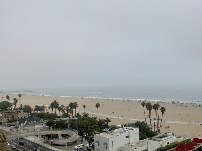 聖塔蒙尼卡海灘上可以看到大片空地。(記者陳開/攝影)