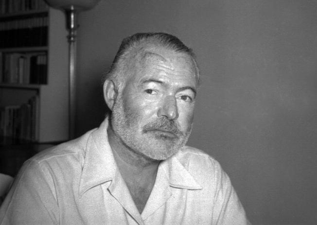 已故美國作家海明威。圖為海明威1950年的照片。(美聯社)