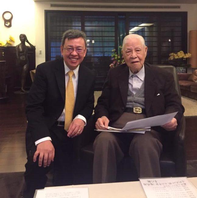圖為前副總統陳建仁和前總統李登輝。圖取自前副總統陳建仁臉書