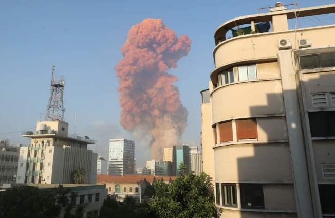 爆炸發生在貝魯特港區,區內有些倉庫放置爆裂物。(Getty Images)