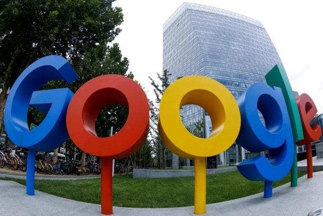 美國一位法官今天以竊取谷歌(Google)商業機密為由,判處該公司前工程師李萬度斯基18個月徒刑。路透