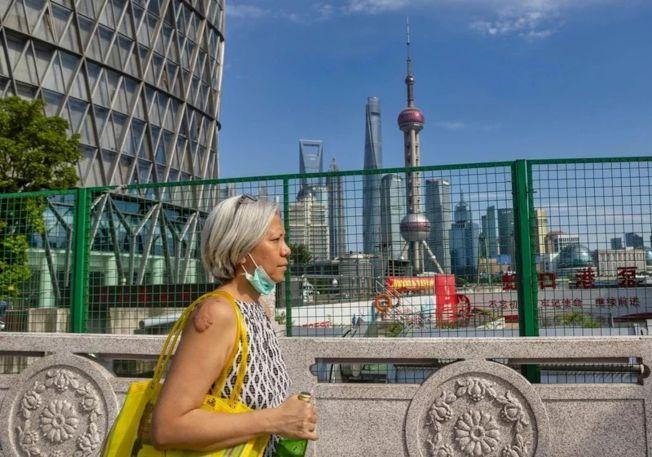 中美對立日深,加上全球疫情,中國經濟發展正尋求降低對海外市場和技術的依賴,將推動以內需為主。 (歐新社)
